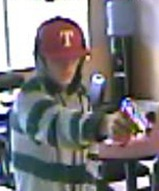 Agg Robbery Suspect Pic 1_thumb[2]